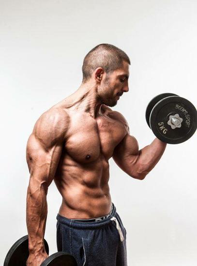 Изготвяне на индивидуален тренировъчен режим от фитнес инструктор Кирил Танев